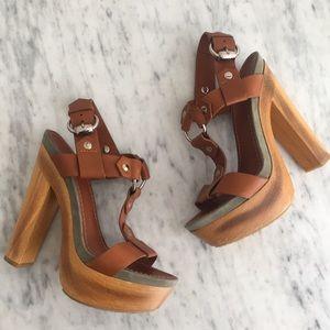 Gucci leather wooden platform heels pumps sandals